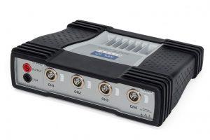 اسیلوسکوپ ۴ کاناله با تجهیزات استاندارد