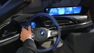 BMW-Altran-airtouch-technology-console-@dynamicpedia
